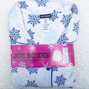 JOE BOXER NWT Women's Flannel Pajamas - Snowflake